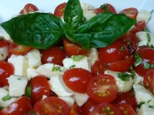 'Chopped' Caprese Salad
