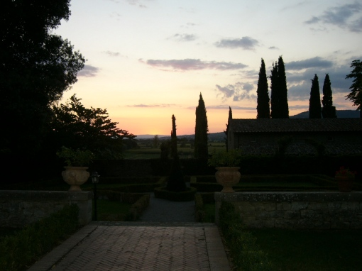 Dream of the Tuscan countryside while sipping a pre-dinner 'Tuscan' lemonade